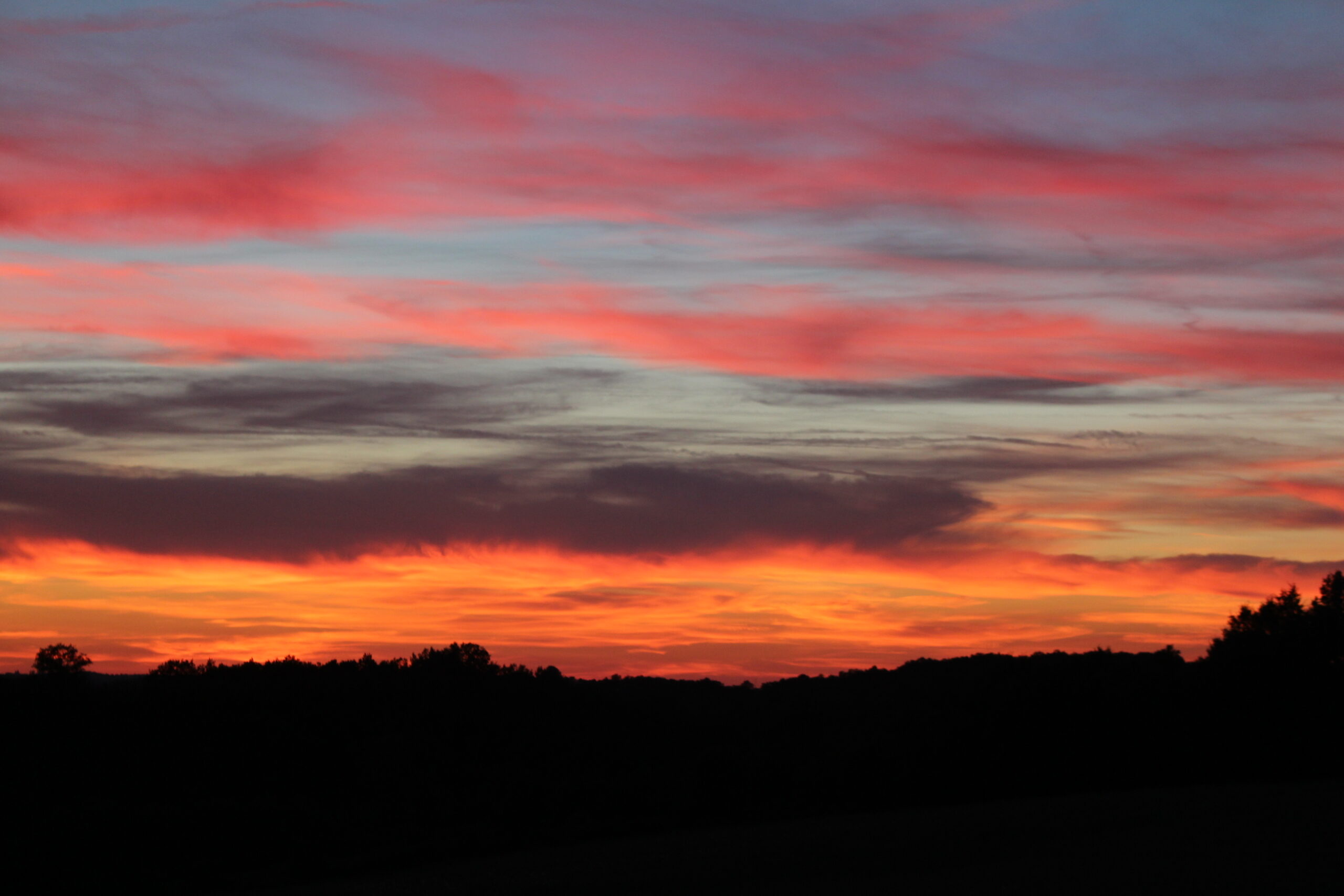 A sunset at Le Mas & Le Mazet, holiday accommodation in a rural setting in the Dordogne
