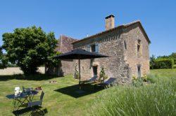 Gîte de charme en Dordogne: Le Mazet avec jardin privé